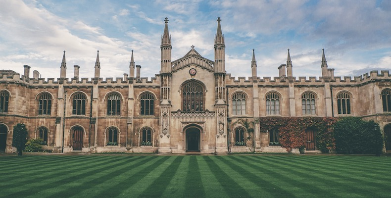 An OfS report says universities need to lower contextual offers to tackle inequality