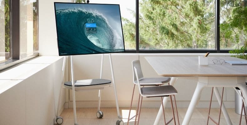 Surface-Hub-picture-2-resized
